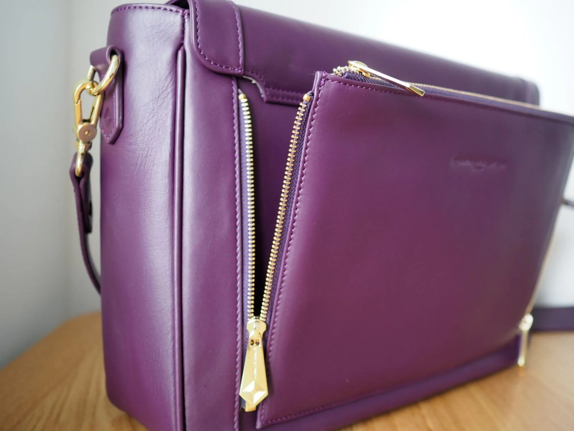 what-lizzy-loves-jennifer-hamley-model-kt-review-zip-off-clutch-aubergine