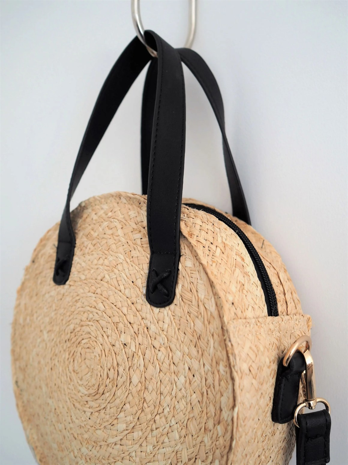 what lizzy loves neutral holiday wardrobe Next straw bag