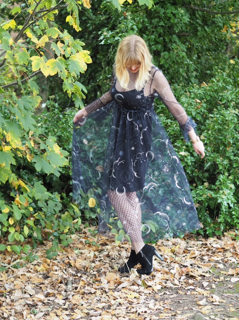 over 40 Hallowe'en outfit