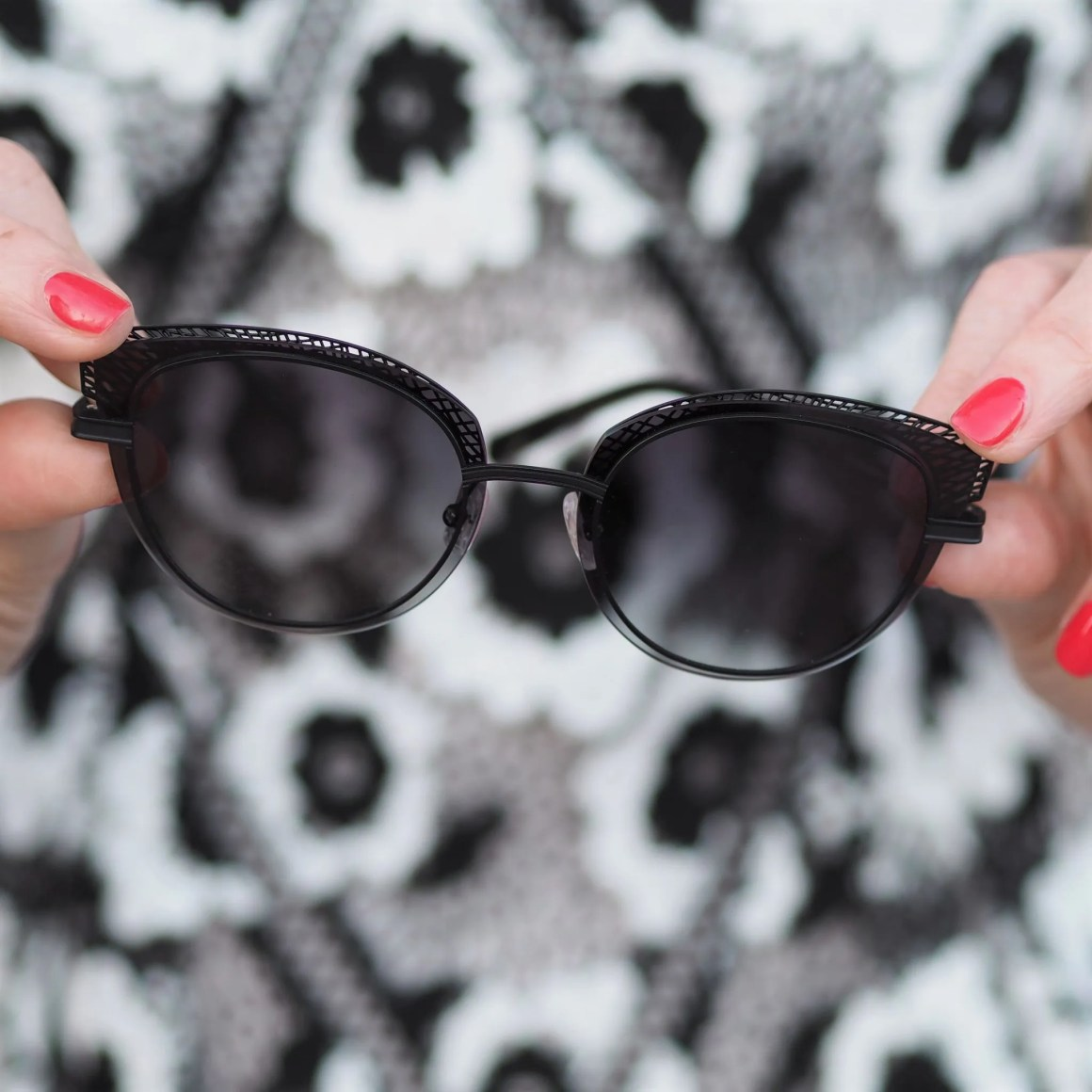 self portrait black and white dress black cat eye sunglasses
