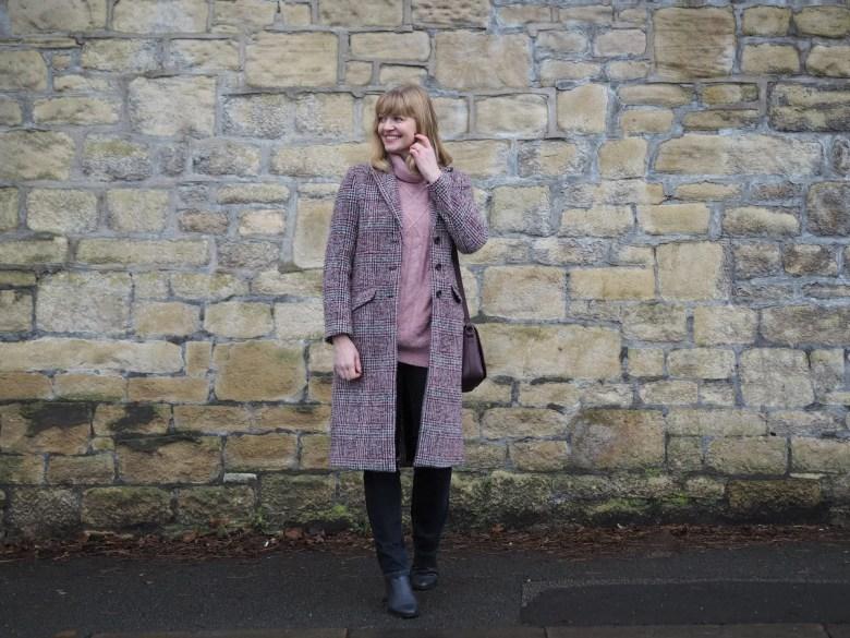burgundy tweed coat and jeans