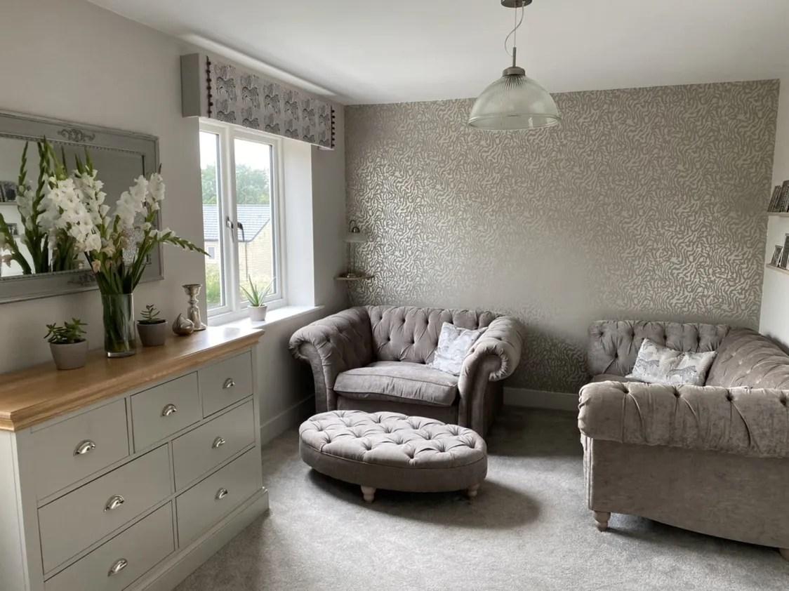 living room makeoevr