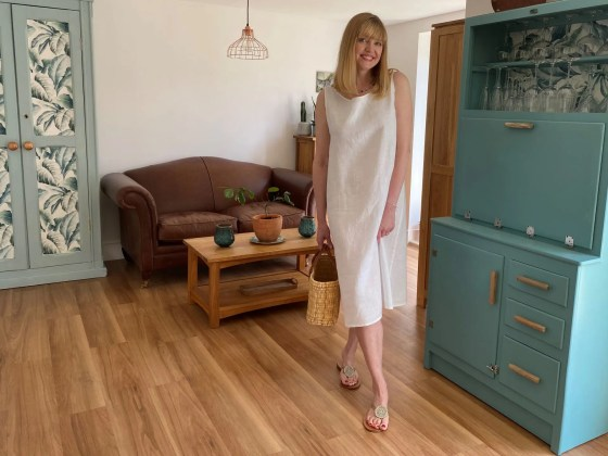 dressing cool in white linen dress