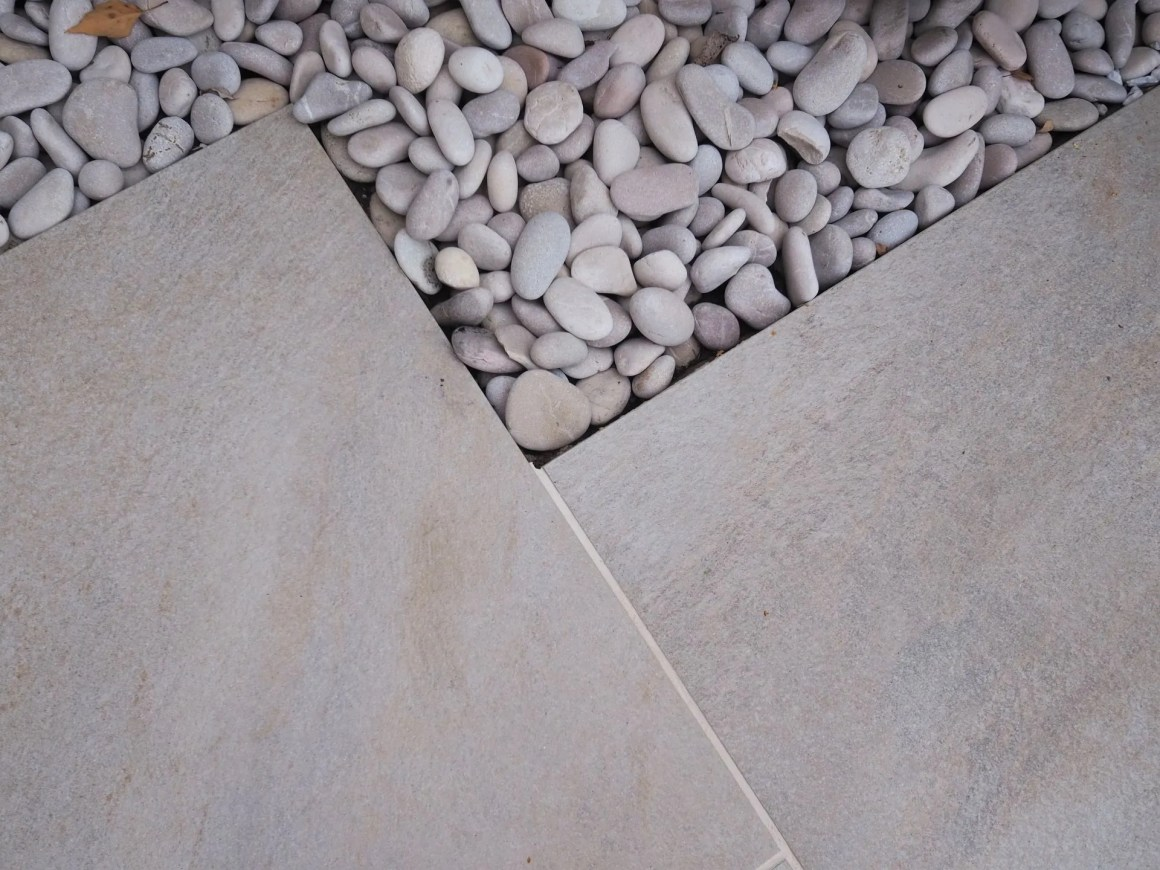 porcelain paving tiles for outdoor use