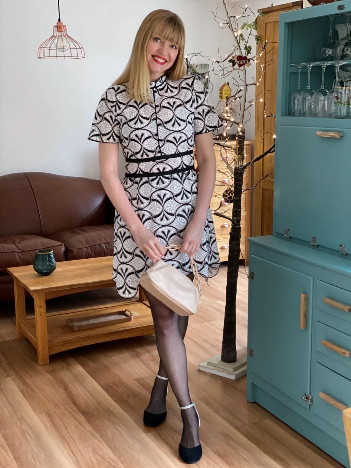 Lace Scalloped-Hem Shift Dress