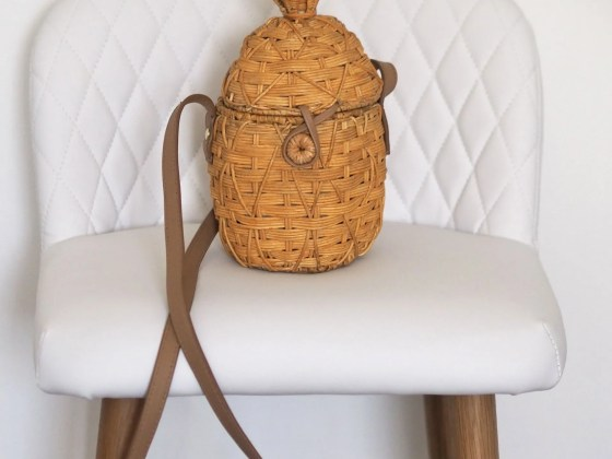 straw pineapple bag with leather handle