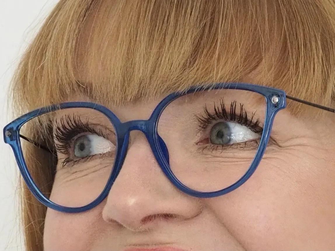 blue TX5 lightweight eyewear