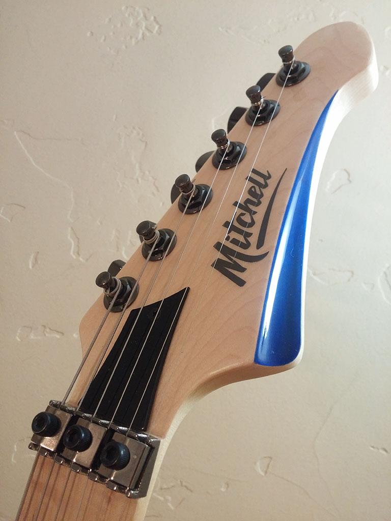 Mitchell HD400 Transparent Blue Headstock