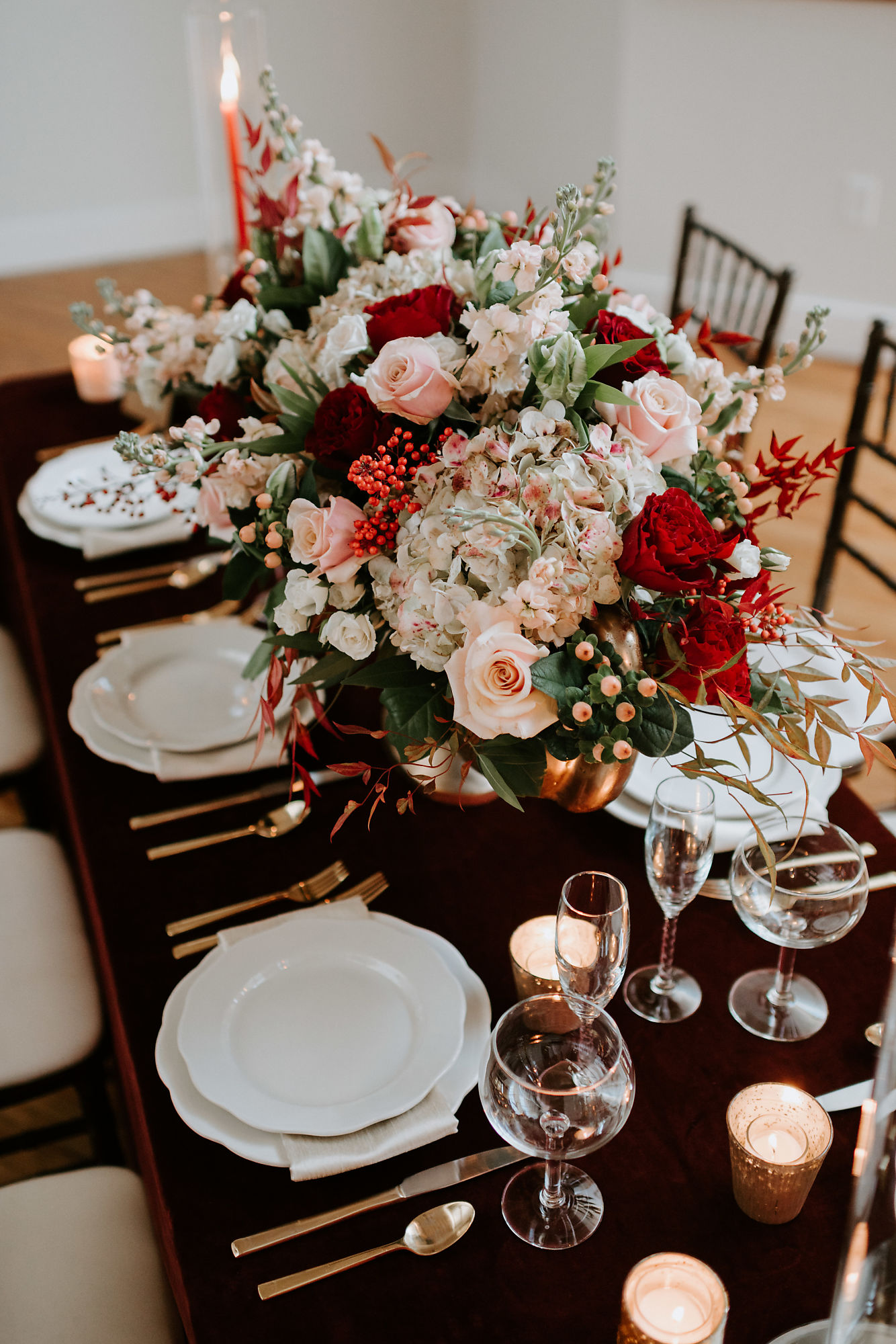 Louisville blogger, What Nicole Wore, got fake married and shows you The Pointe, a dog friendly, Kentucky event venue in a dreamy wedding styled shoot. // louisville wedding the pointe, louisville wedding reception, louisville wedding photographers, louisville wedding locations, wedding floral centerpieces, burgundy wedding flowers, burgundy floral arrangements