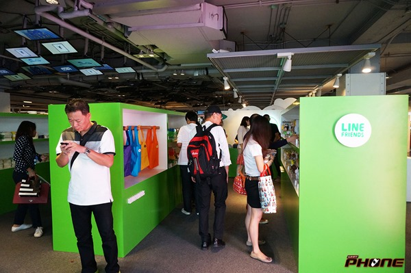 LINE-Pop-up-store-Thailand---whatphone-004