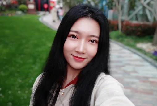 Xiaomi Mi Mix 2S Front Camera Sample Photo