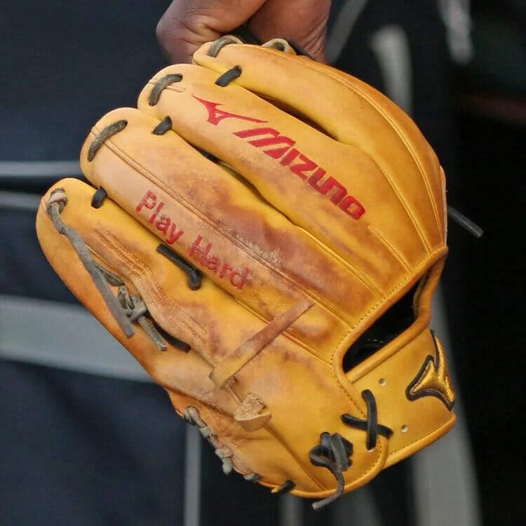 What Pros Wear Didi Gregorius Mizuno Pro Glove What Pros Wear