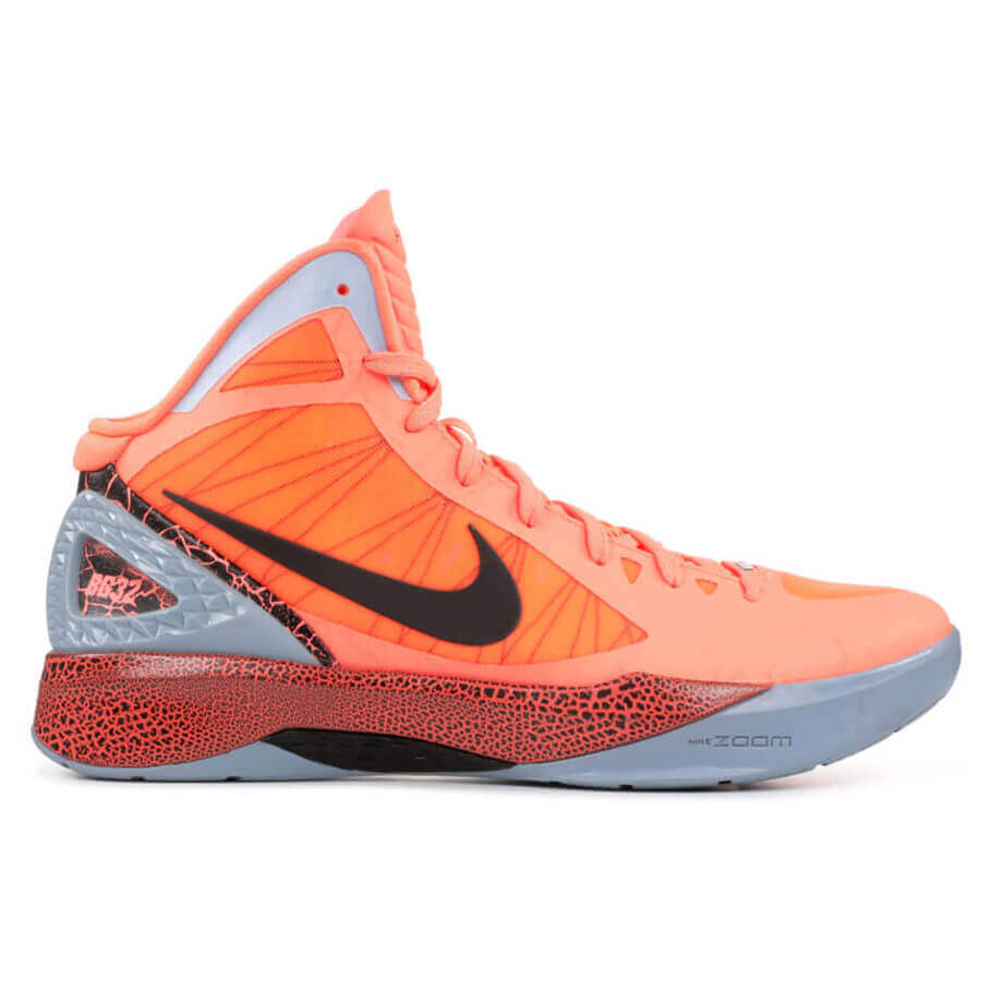 93b0552cc6e0 What Pros Wear  Klay Thompson s Nike Hyperdunk 2011 Shoes - What Pros Wear