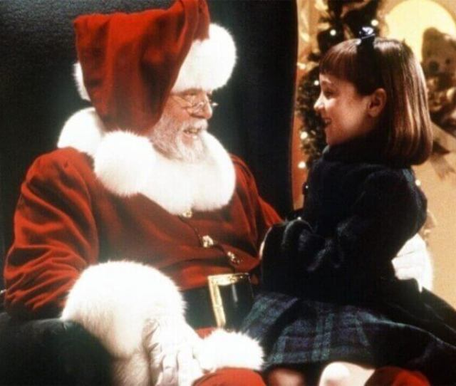 Are The Miracle On 34th Street Films On Netflix