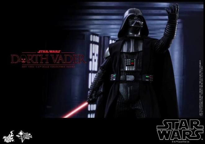 Hot-Toys-Darth-Vader-003