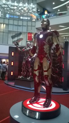 Ultron & Iron Man