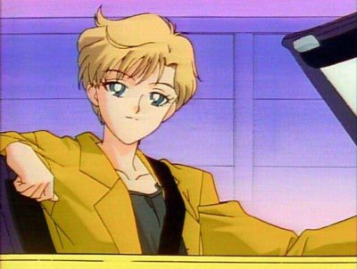In the old anime, she drove a yellow Toyota; in the manga it was a Ferrari