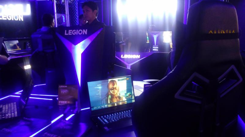 The first Legion store in the Philippines does make it a point to give a glimpse into Lenovo's future into this side of its branding: it wants to be sleek yet sophisticated, perfect for its modern avid gaming audience.