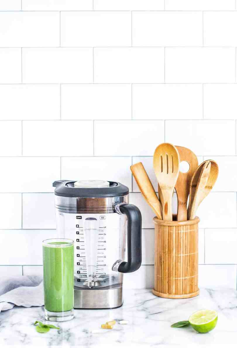 10 Most Used Items In My Kitchen #saveeandsavory #kitchen #kitchengadgets #cooking #tips #holidayshopping