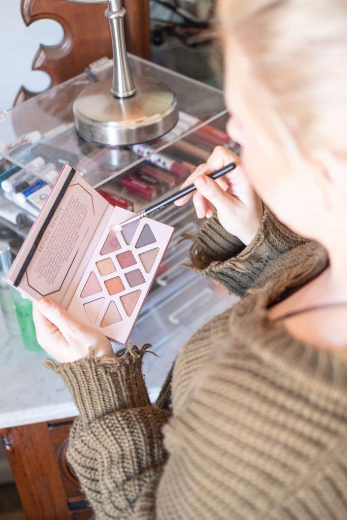Aether Beauty Rose Quartz Crystal Palette #whatsavvysaid #aetherbeauty #cleanbeauty #nontoxicbeauty #rosequartz #eyeshadowpalette