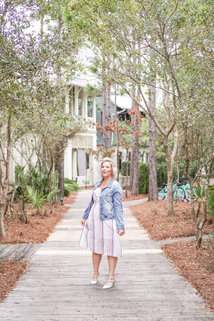 Rent The Runway Review- Is Renting Your Clothes The Next Big Thing- #whatsavvysaid #styleblogger #petitestyle #petiteblogger #petitecurves #rentherunway