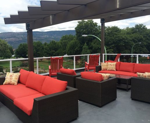 The Roof Top Patio at Hotel Zed Kelowna-1
