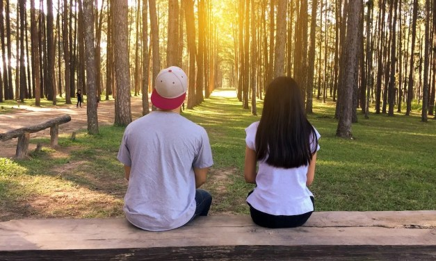 10 Ways To Manage College Dating