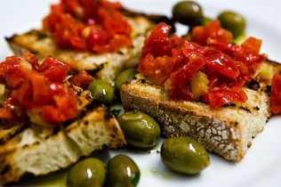 bruschetta-pugliese-olive-2