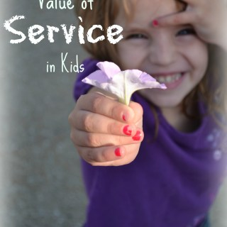 Instilling the Value of Service in Kids - How one family is working together to serve. whatsupfagans.com