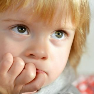 Have a toddler who doesn't talk much yet? Use these 7 ways to encourage toddler to talk