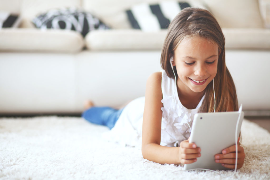 If you are raising girls, you want them to be safe online - these 6 house rules are great tips for keeping kids cyber safe online using the internet.