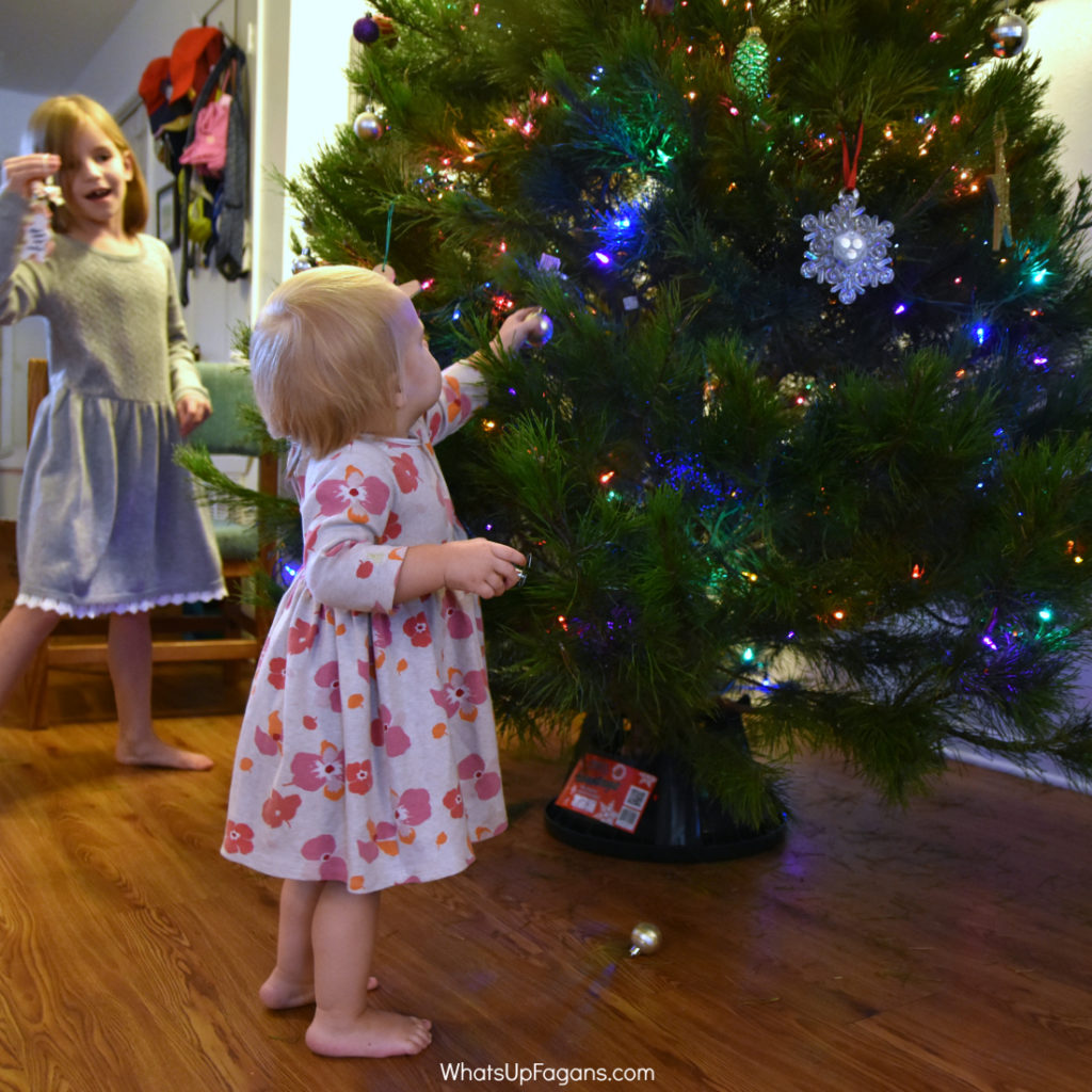 toddlers-and-christmas-trees