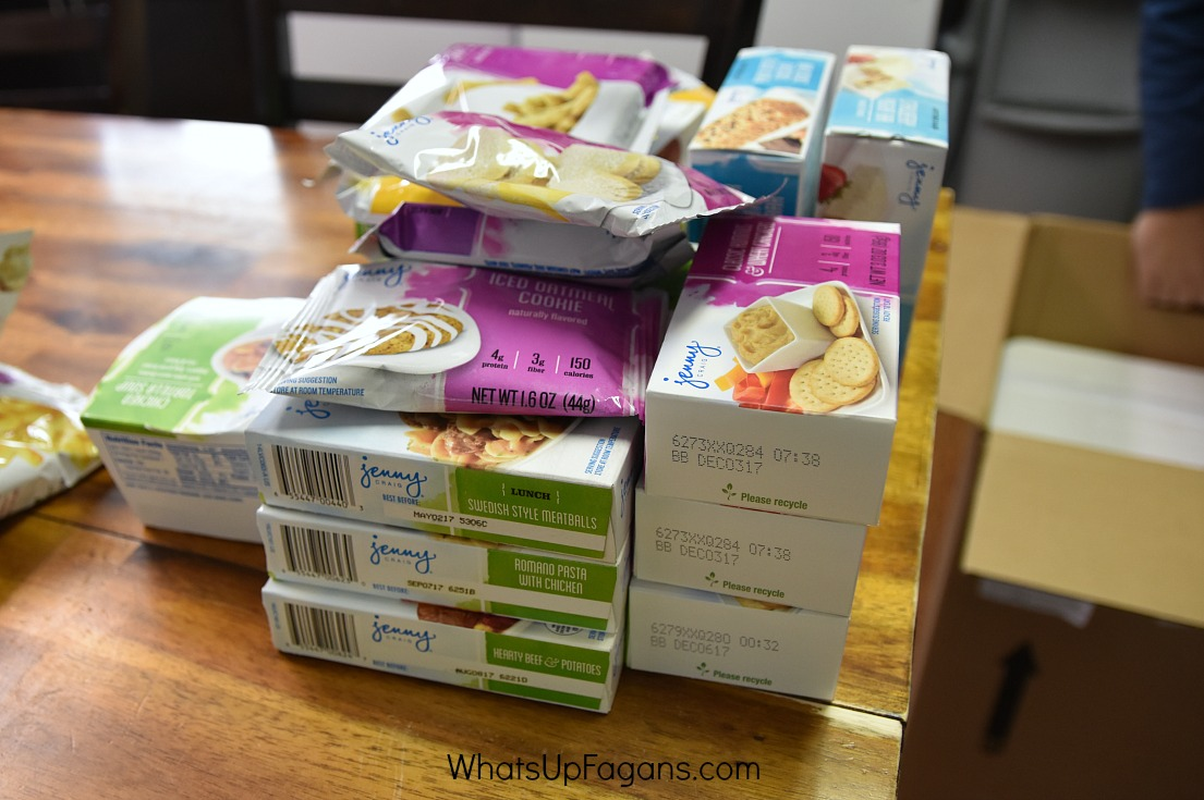 Jenny Craig Review - Packaging Food Dry | Jenny Craig Program | Weight Loss | Dieting | Diet | Portioned Food | Meals and Snacks Delivery