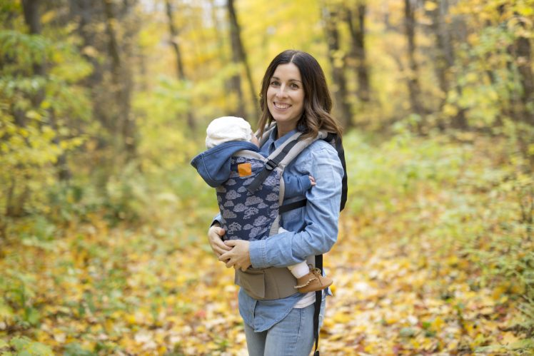 best baby carriers for newborns - structured ergo carriers