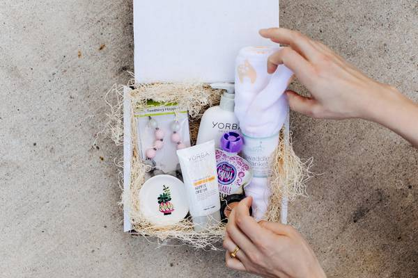 monthly subscription boxes for pregnancy called Mama Bird