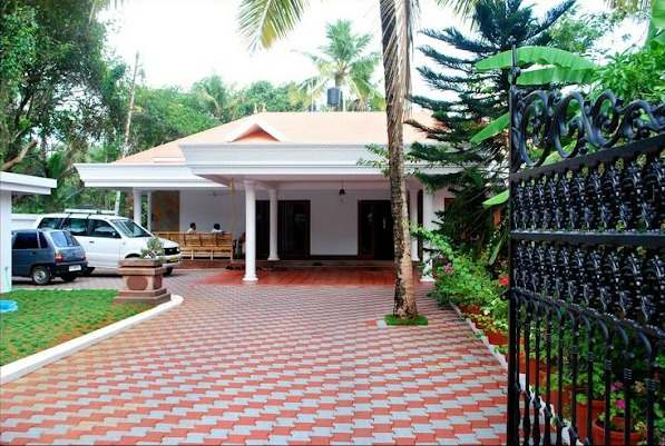 Long Distance Decor   Kerala Home Design