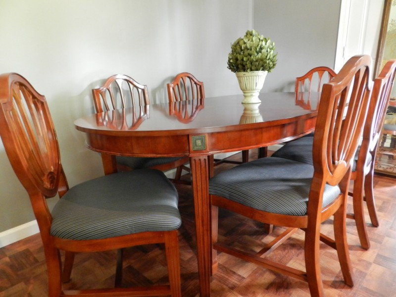 craigslist dining room table and chairs - oware