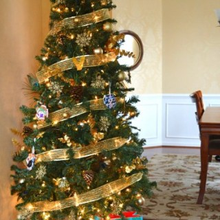 Whats Ur Home Story: Nature Inspired Glam Christmas Tree