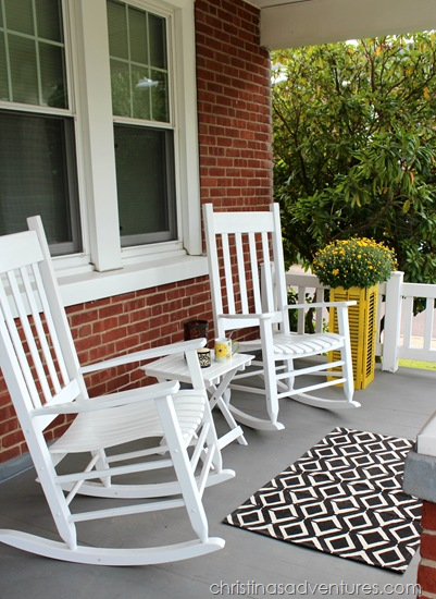 5 Easy Ways to Add Fall to Your Porch