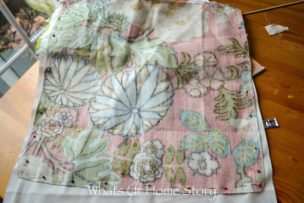 How to Make a Pillow Cover with Invisible Zipper