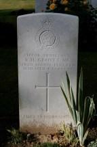 Headstone for Robert Harry Groves