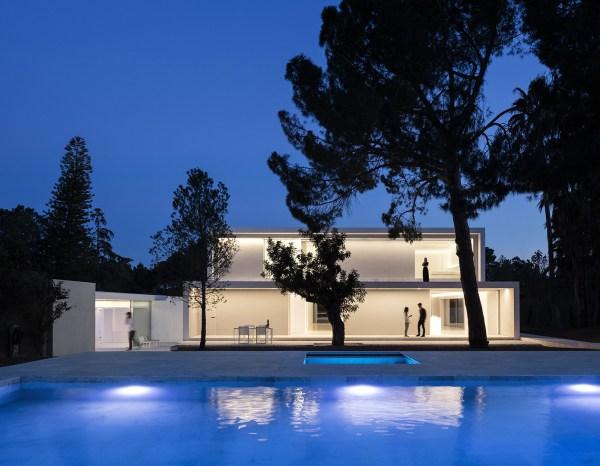 Casa Entre La Pinada