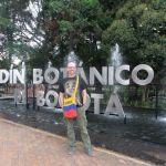 A student in Jardin Botanico in Bogota