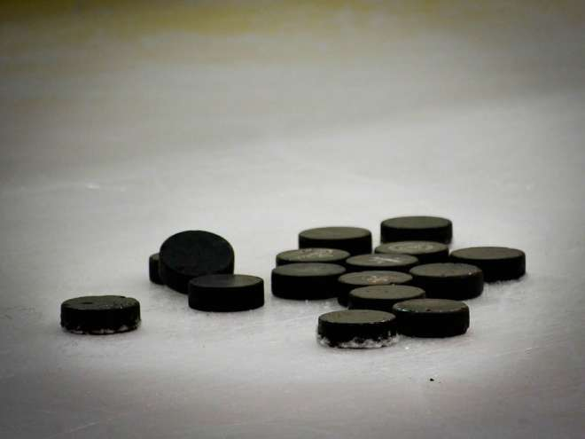 hockey-puck-608582_1280