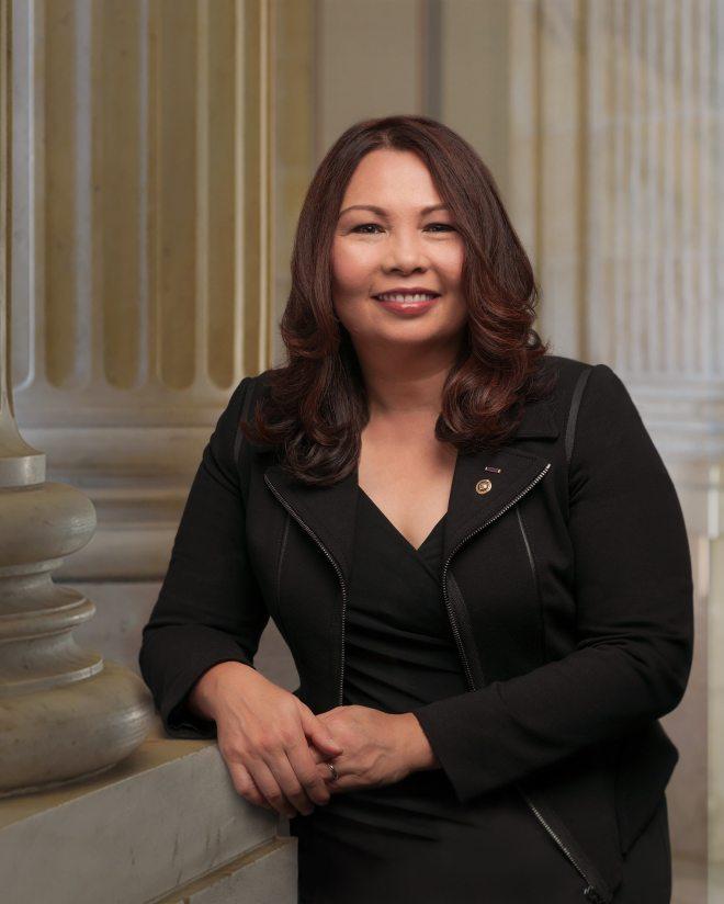 Senator Duckworth official photo