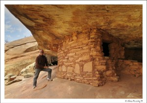 Paul poses by a ruin in Mule Canyon