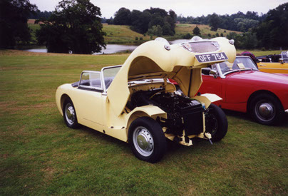 The model from which all later Sprites and Midgets evolved was the Austin Healey 'Frogeye' Sprite, introduced in 1958. The wide-opening bonnet was unusual at the time.