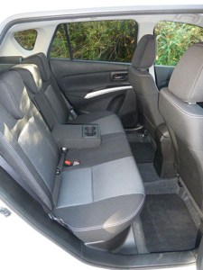 The rear seat accommodates three adults, with plenty of leg and head room (although for the one in the middle, leg room is affected by the centre console…).