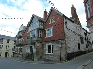 The historic Guildhall Tavern, in Denbigh town centre, provided us with a friendly welcome and excellent, affordable food. It is next to the town's tourist information office, and is perfectly positioned for exploring the town on foot.