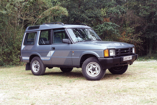Powered by the legendary Buick-derived Rover V8 engine, and with widely-praised 'uncluttered' styling, the original Discovery had the power to perform – on and off road – and looked the part too. (Photo courtesy Land Rover).